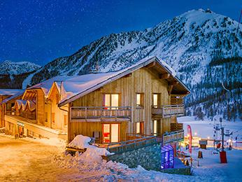 Anova Hotel Et Spa