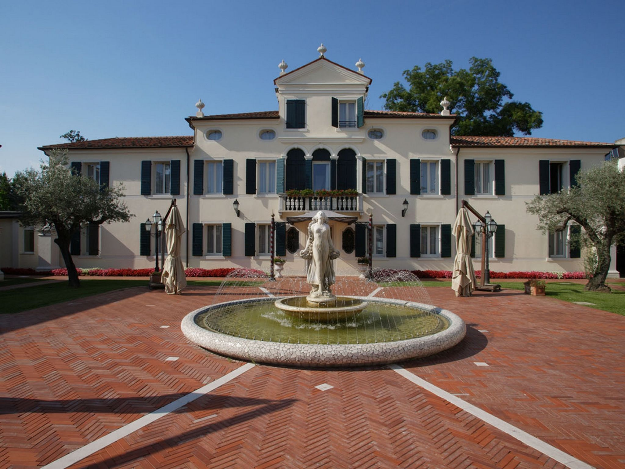 Hotel in monastier di treviso park hotel villa fiorita for Boutique hotel treviso