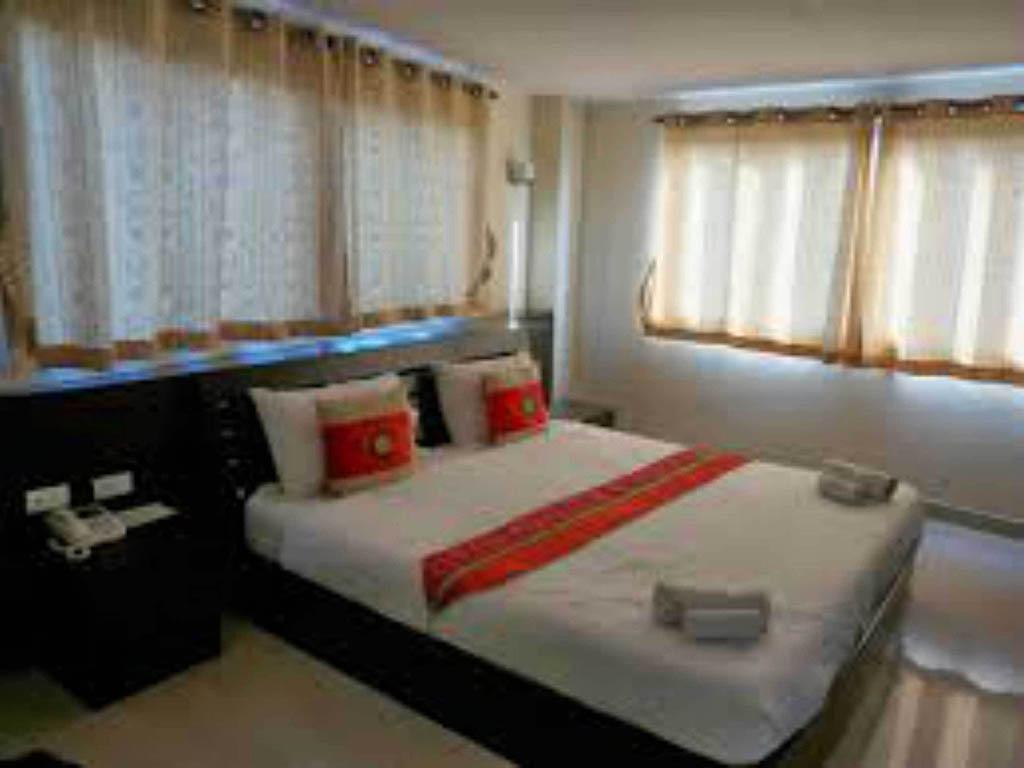 Hotel in BANGKOK Regent Suvarnabhumi Hotel #6A412D