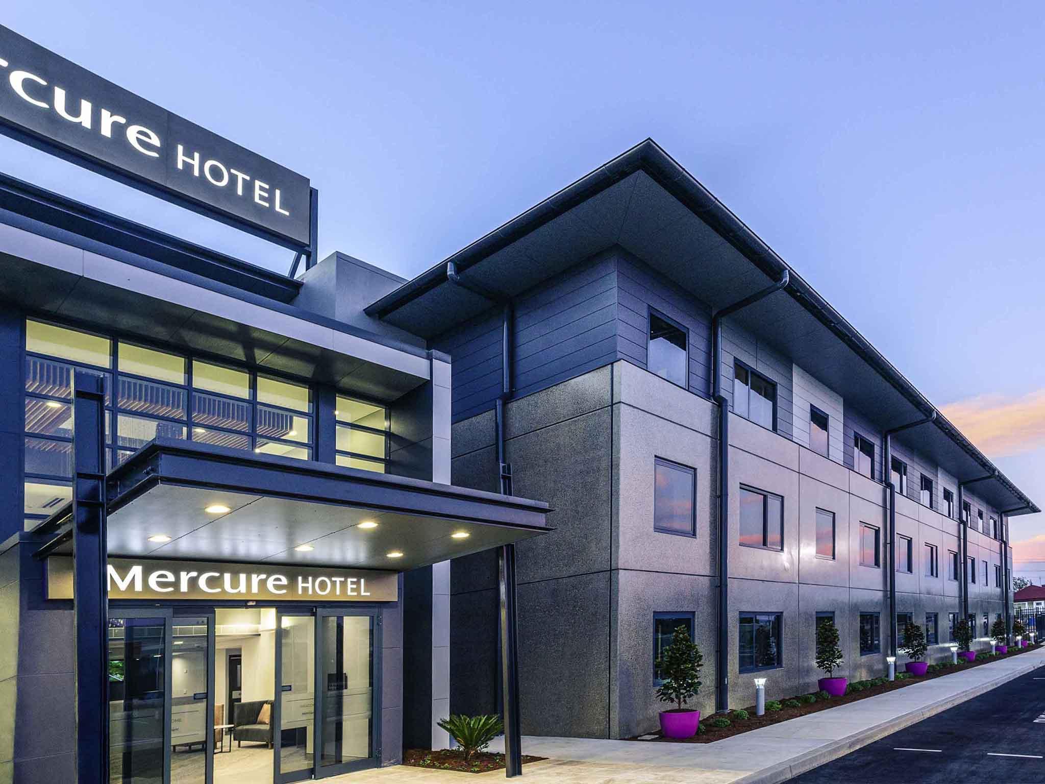 โรงแรม – Mercure Tamworth
