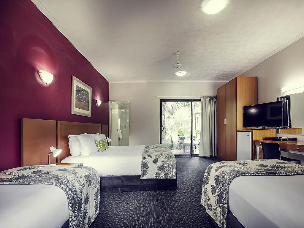 Darwin Hotel Room With Sofa Bed