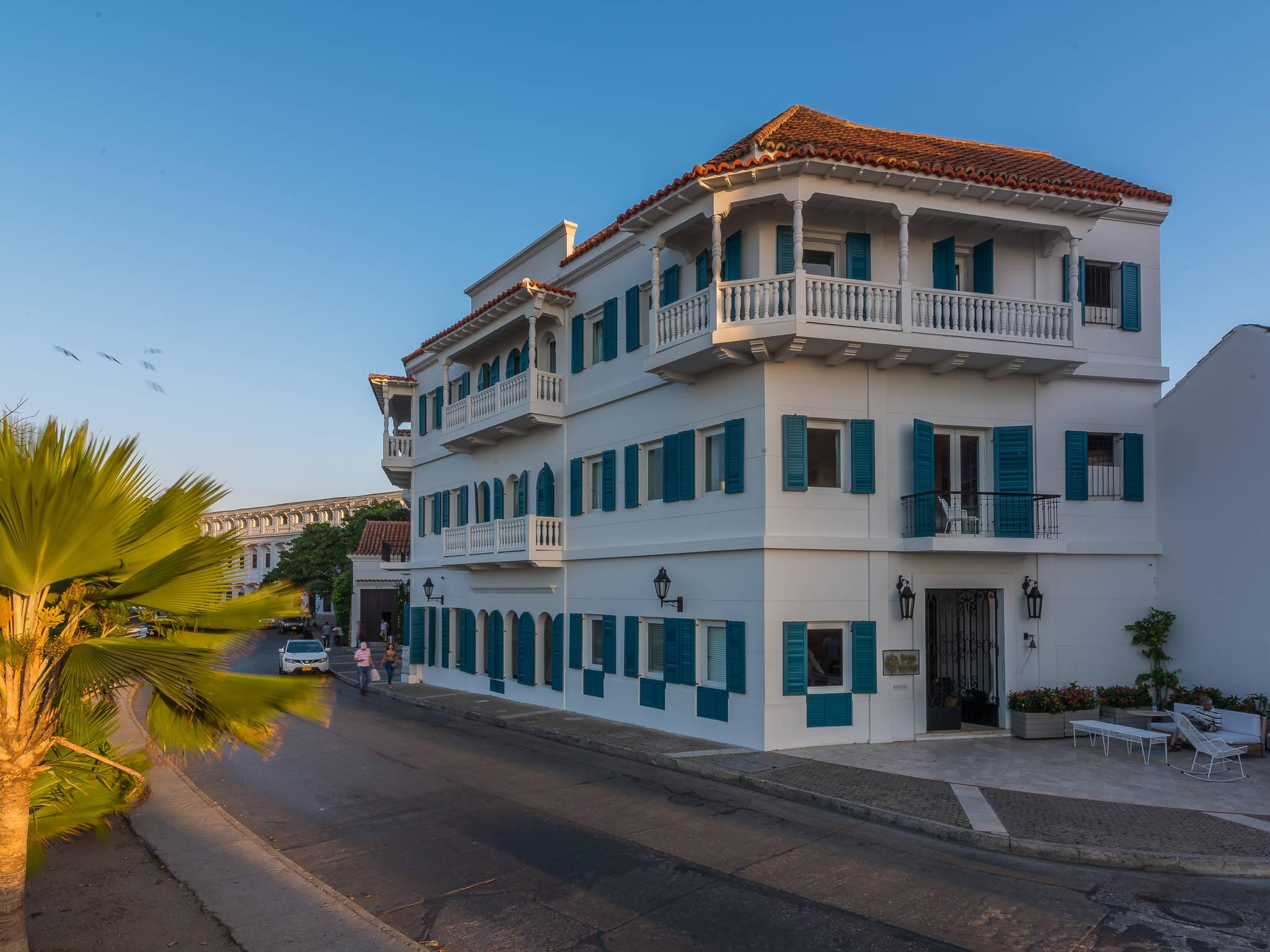 Отель — Бутик-отель Bovedas De Santa Clara