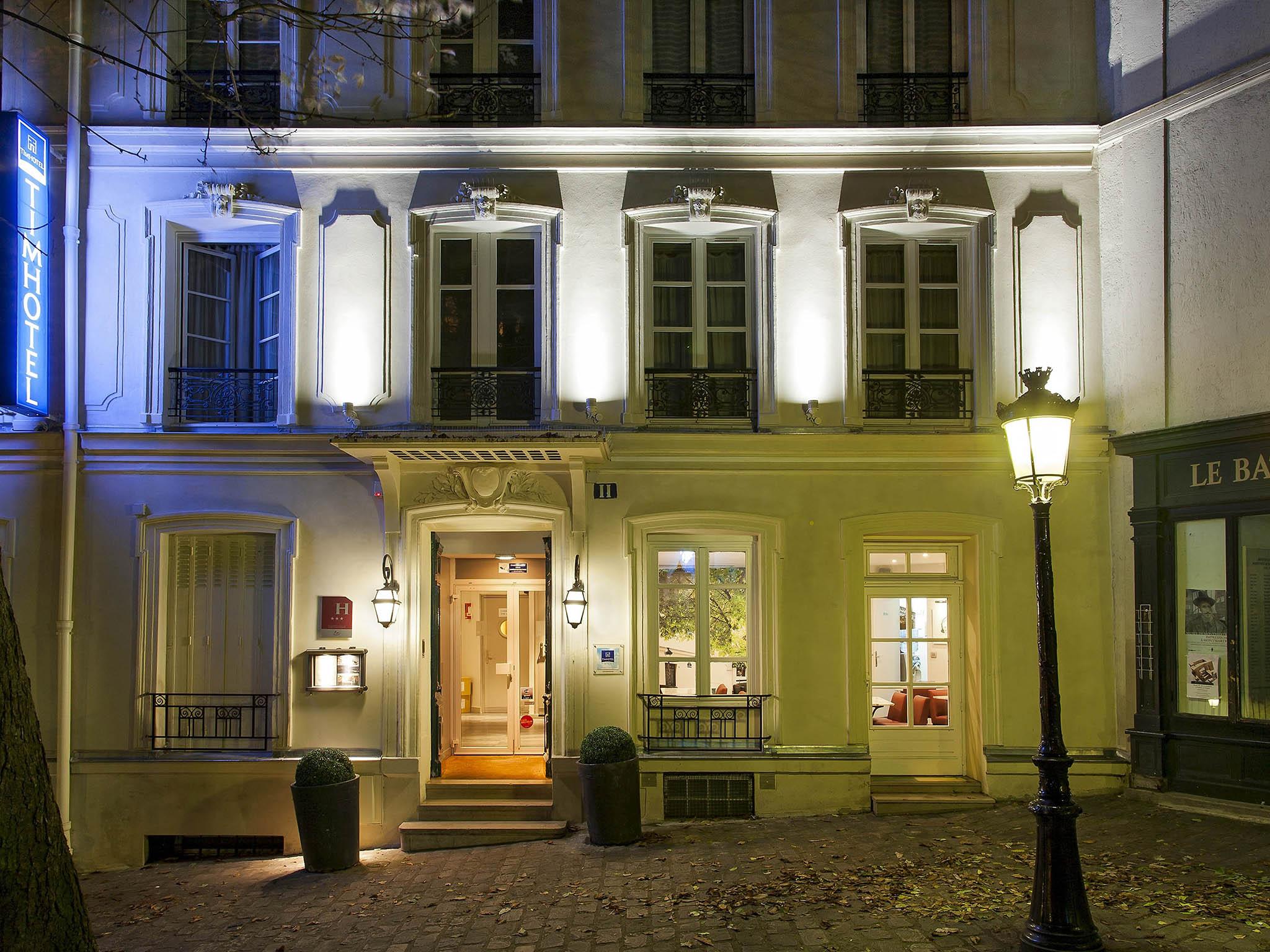Hotel In Paris Timhotel Montmartre