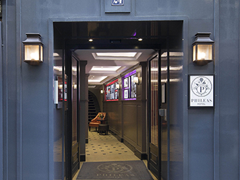 Phileas Hotel