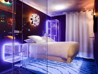Seven Hotel Paris