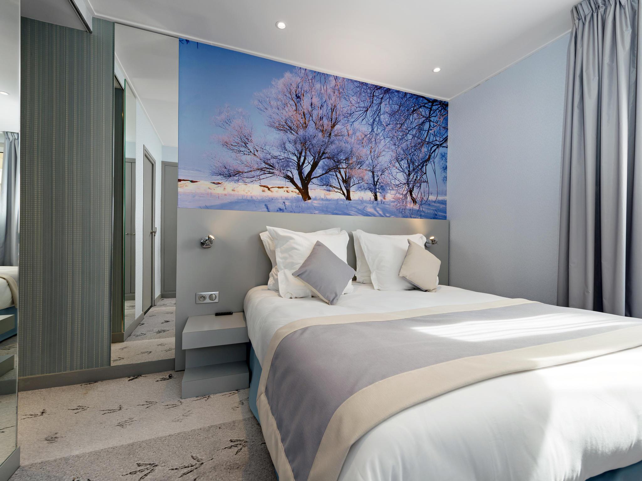 Hotel in PARIS Les Jardins De Montmartre
