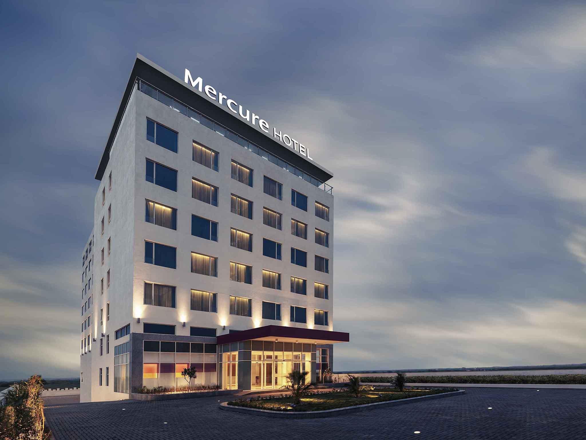 โรงแรม – Mercure Dwarka