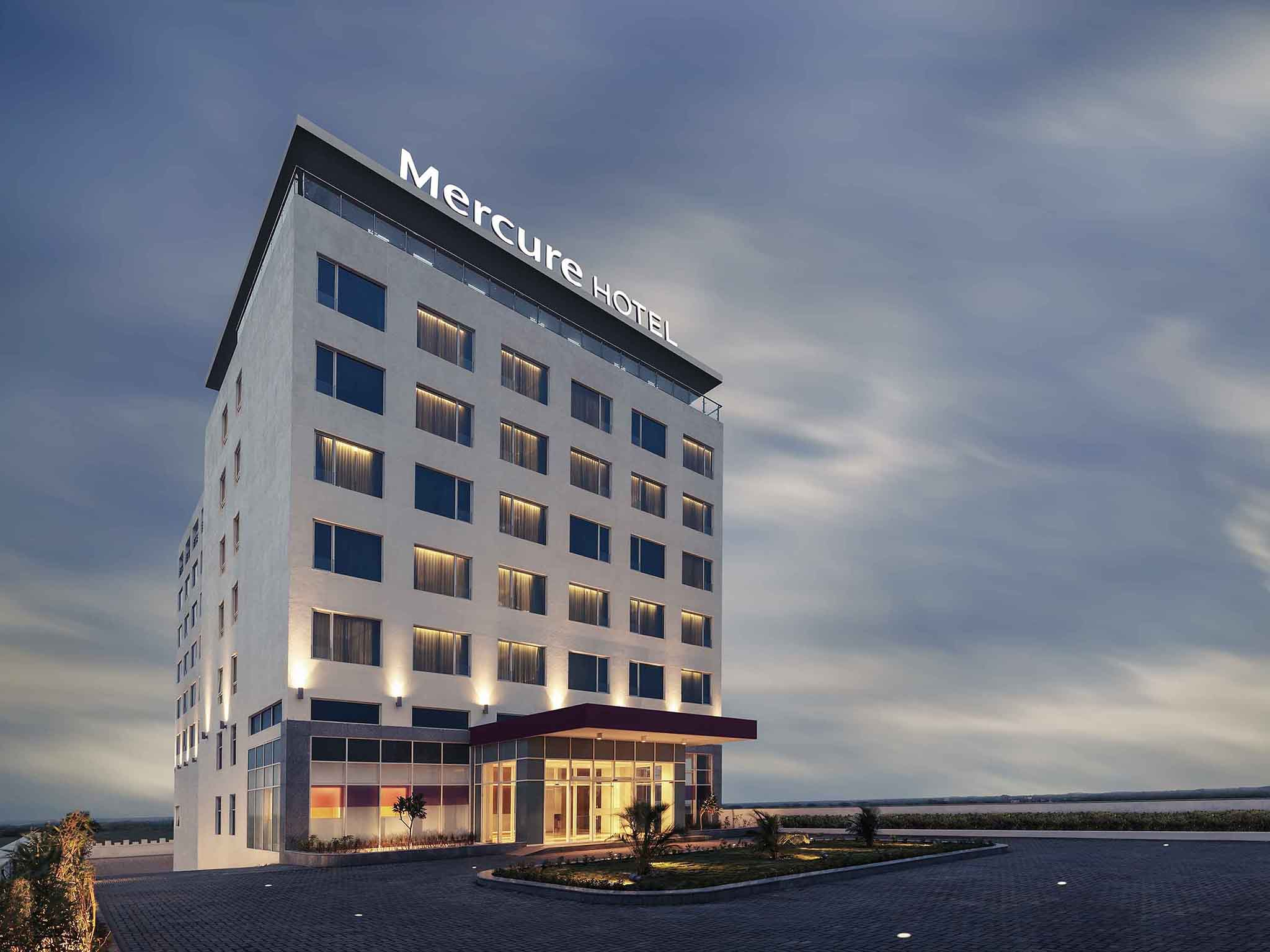 Hotel - Mercure Dwarka