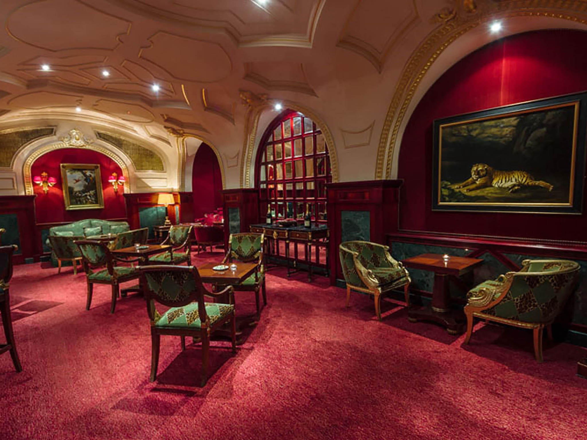 Hotel in LONDON - The Bentley Hotel London