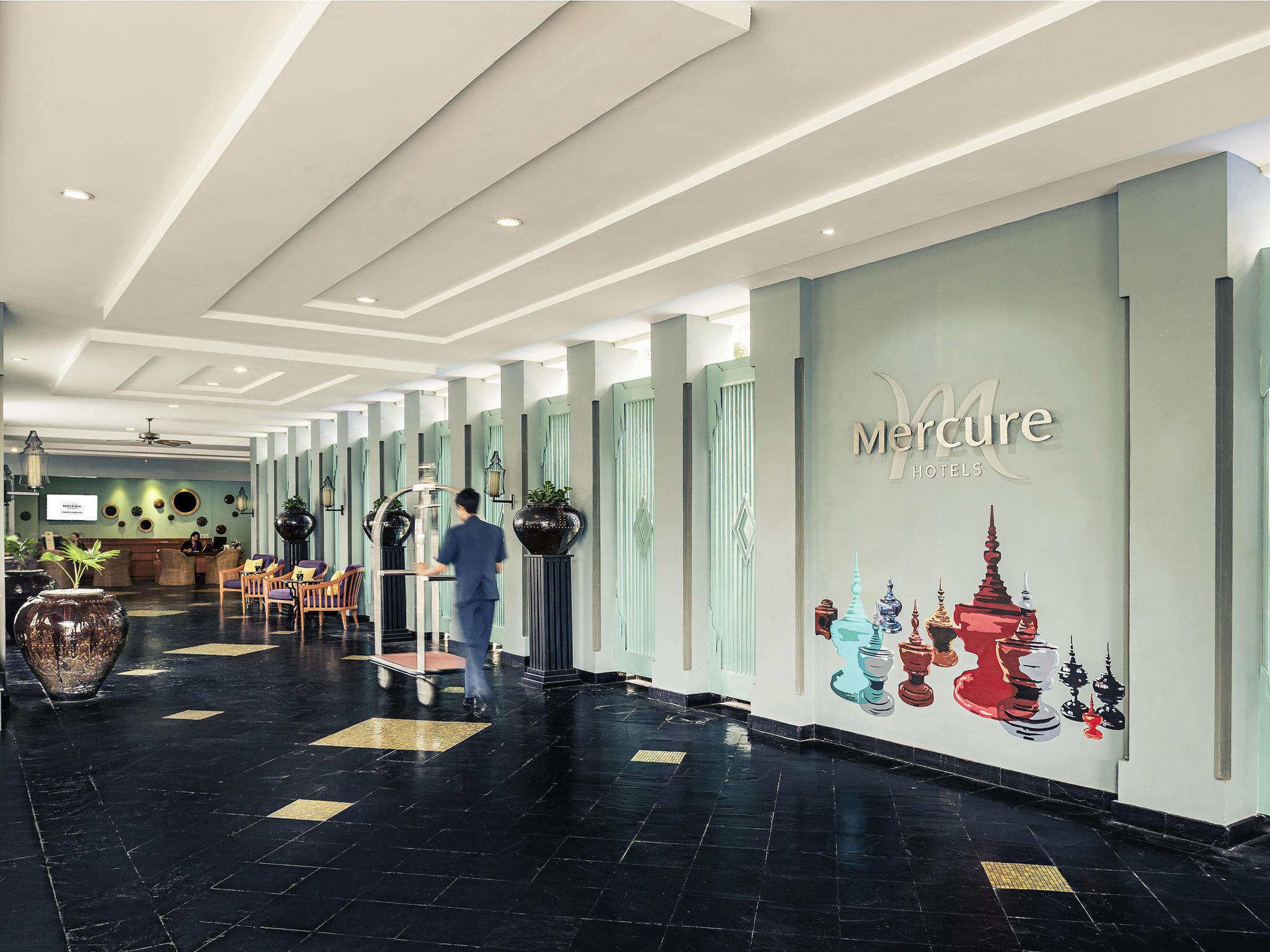 Otel – Mercure Yangon Kaba Aye