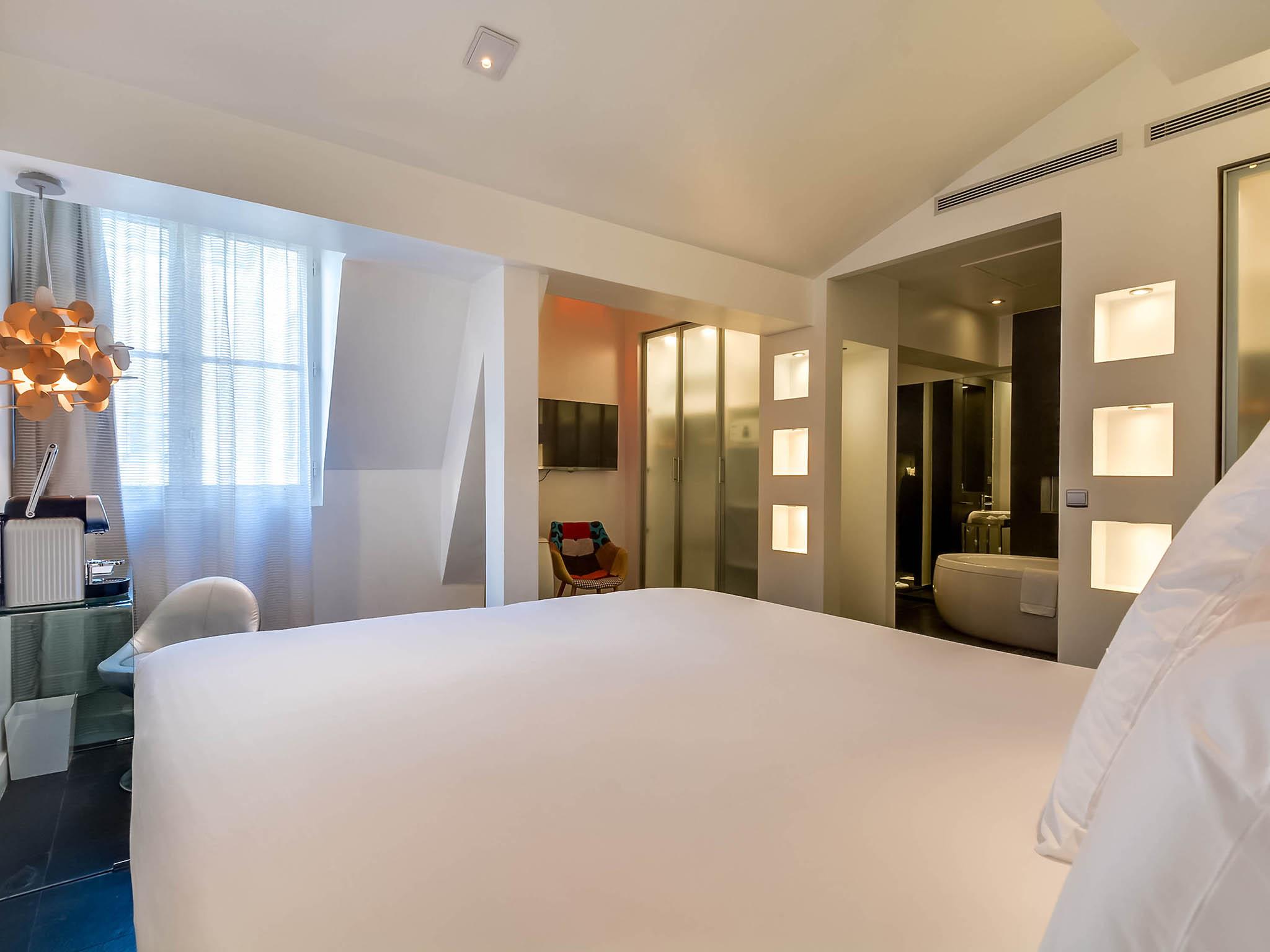 H´tel  PARIS 1K Hotel Paris