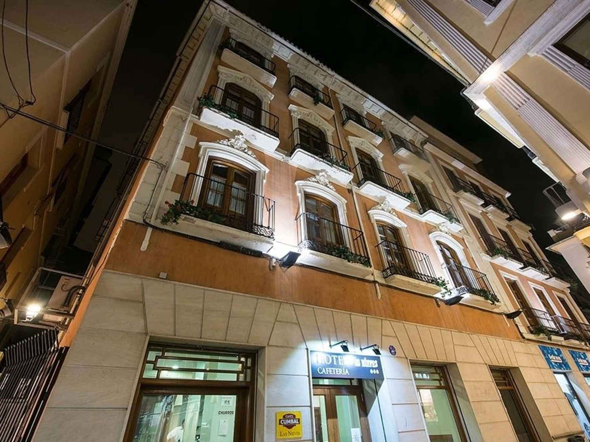 Hotel in granada hotel las nieves for Best boutique hotels granada