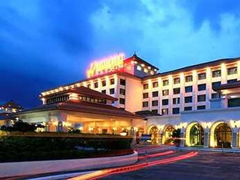 Waterfront Airport Hotel And Casino