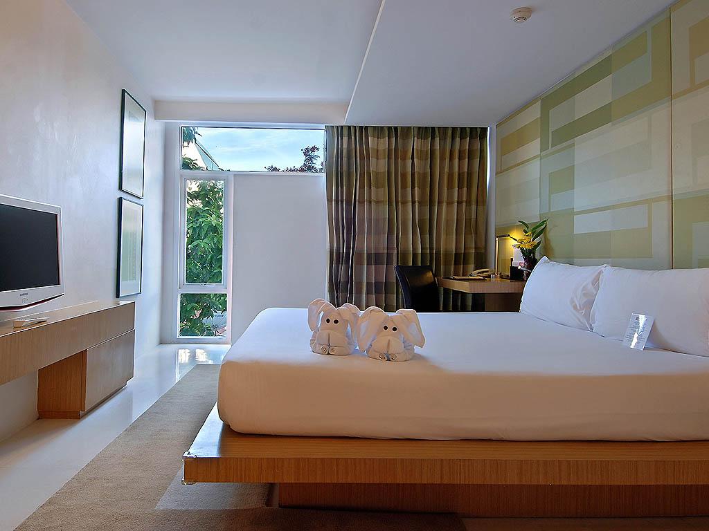 Hotel in BANGKOK Le Fenix Sukhumvit 11 #683A1B