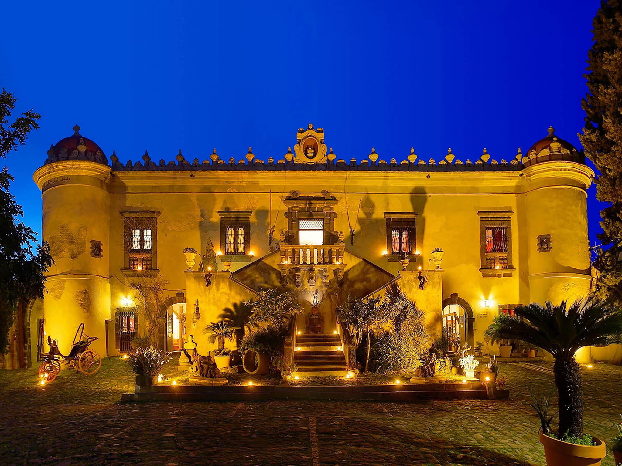 Hotel in calatabiano castello di san marco charming for Charming hotels