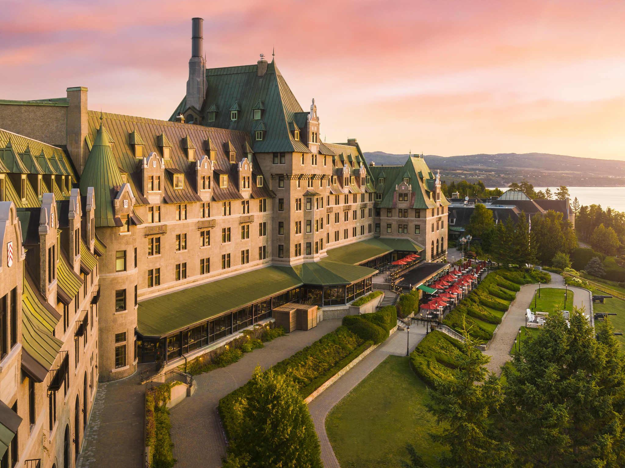โรงแรม – Fairmont Le Manoir Richelieu