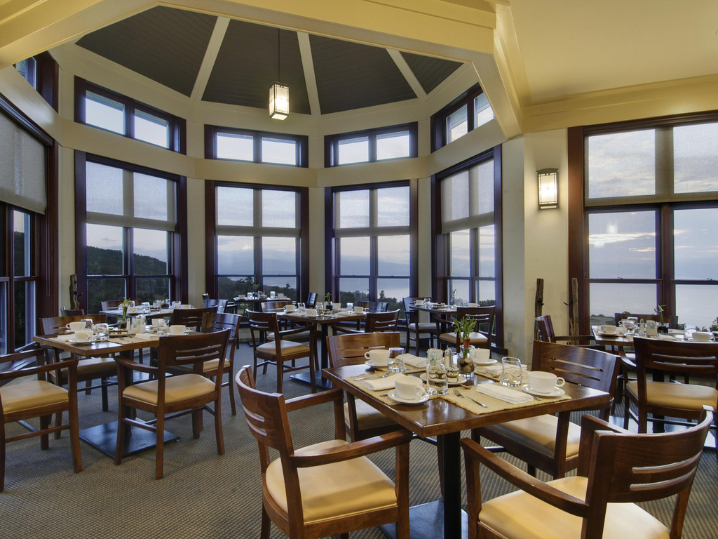 Le Point Cardinal Restaurant Charlevoix Restaurants By Accorhotels