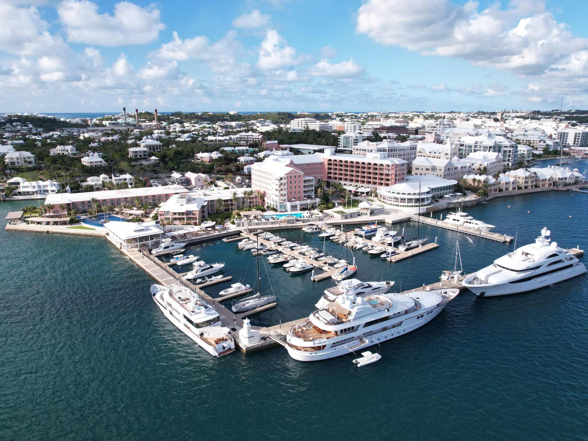 Отель — Hamilton Princess & Beach Club - под управлением Fairmont
