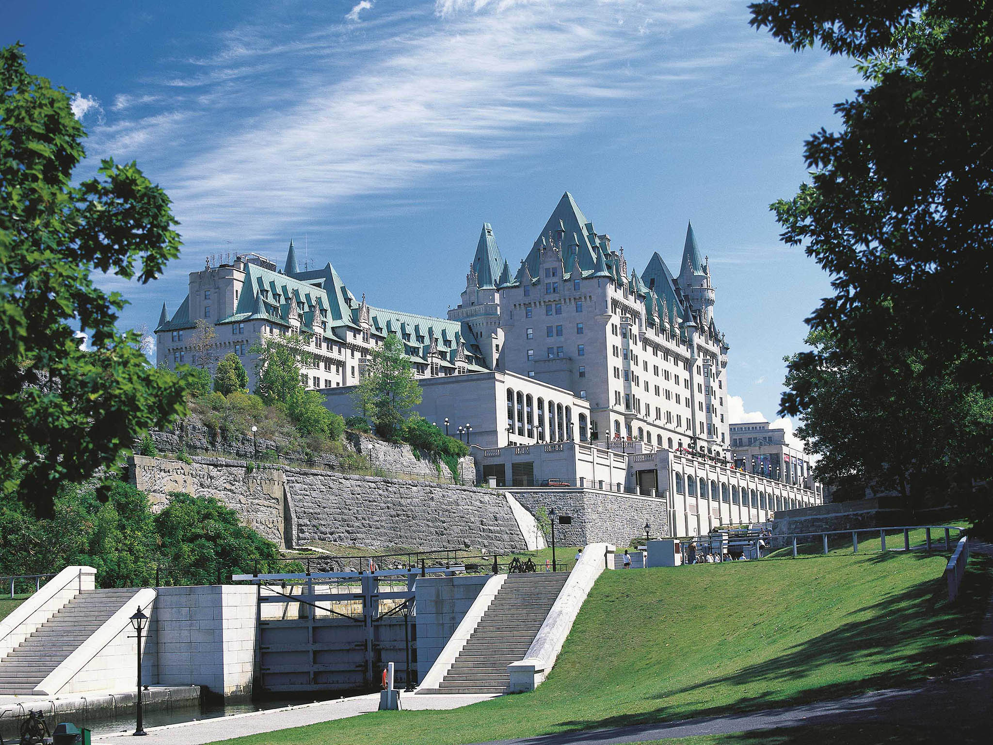 Отель — Fairmont Chateau Laurier