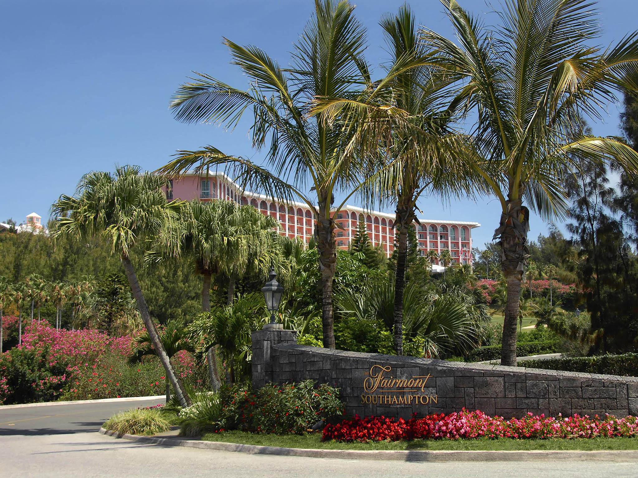 โรงแรม – Fairmont Southampton