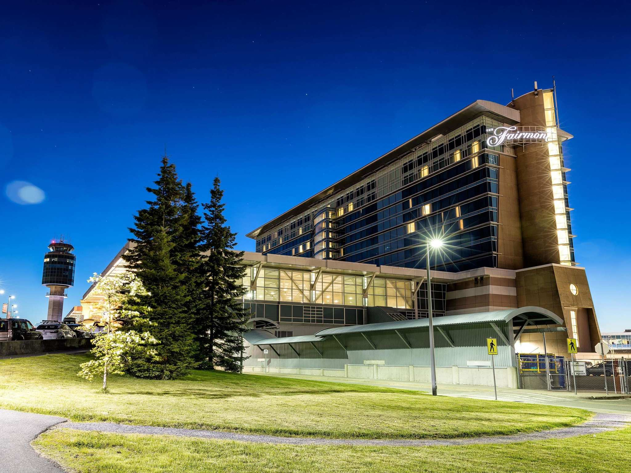 Hotell – Fairmont Vancouver Airport