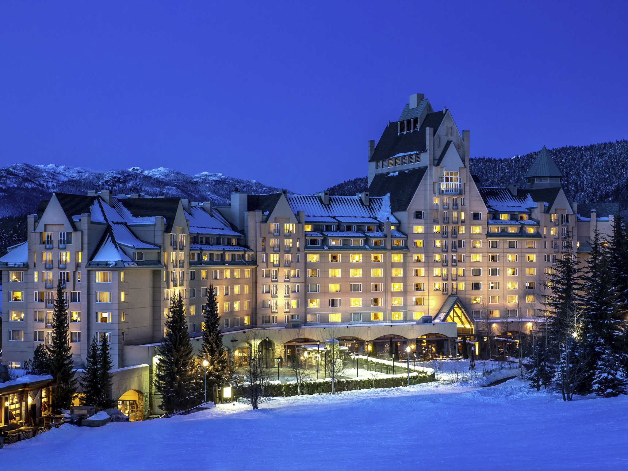 Hotel – Fairmont Chateau Whistler