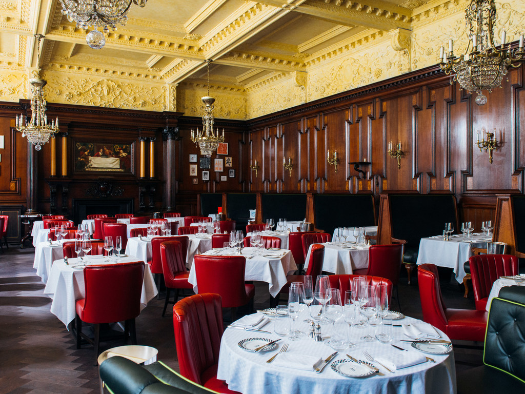 restaurant Simpson's in the Strand