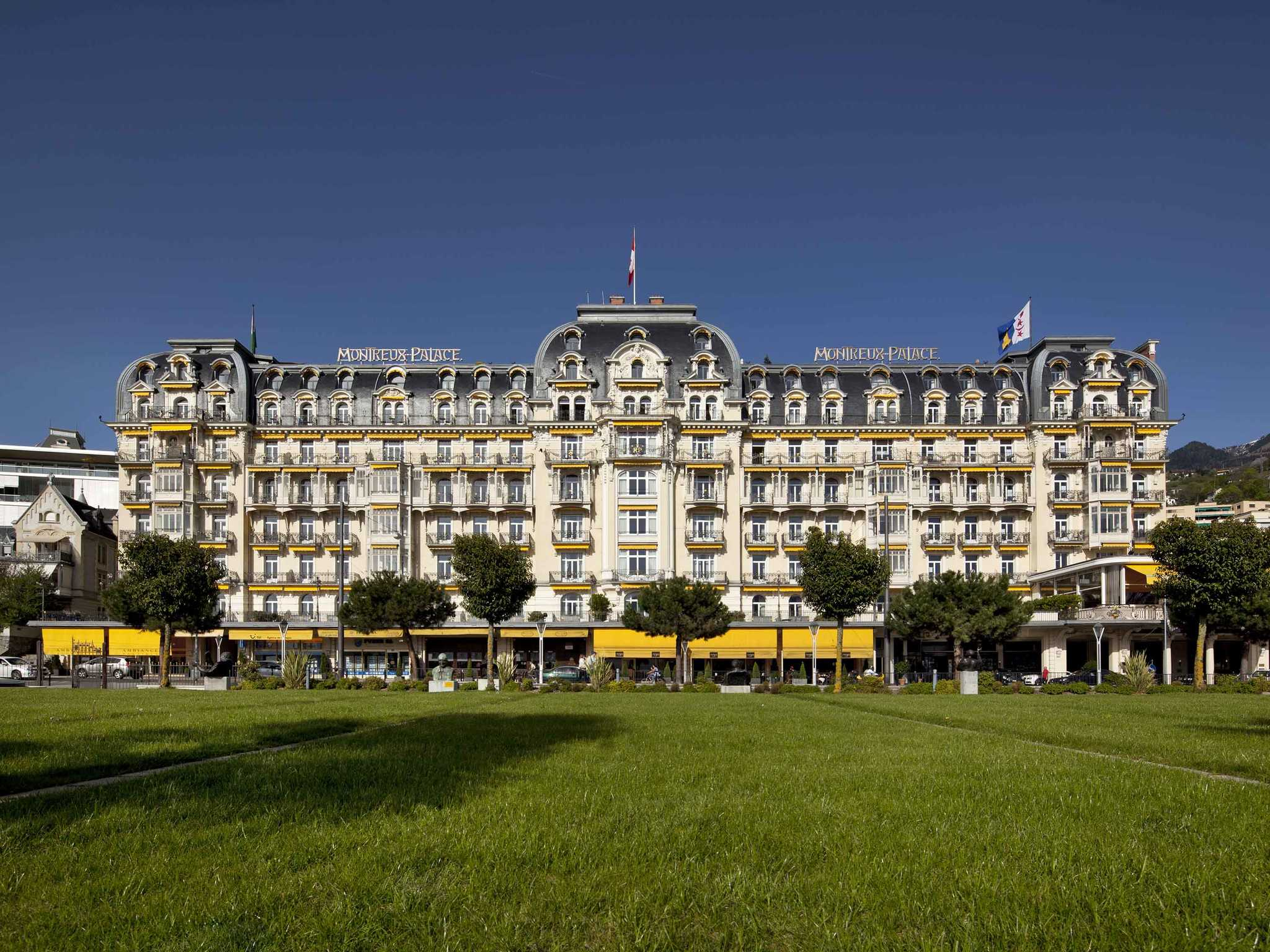 Отель — Fairmont Le Montreux Palace