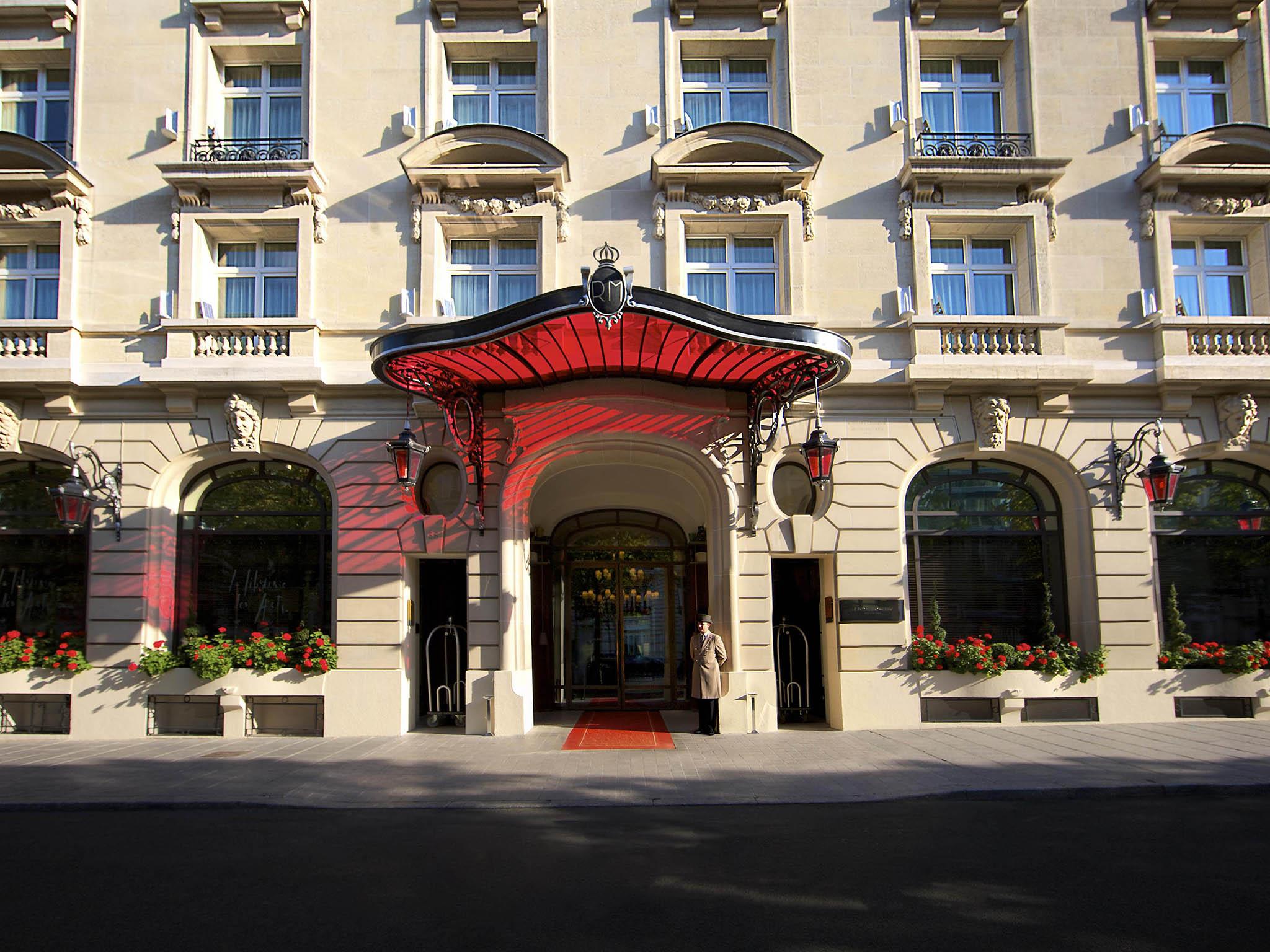فندق - لو رويال مونسو، رافلز باريس