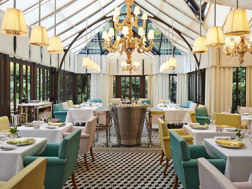 Hotel in paris le royal monceau raffles paris for Hotel francs tokyo