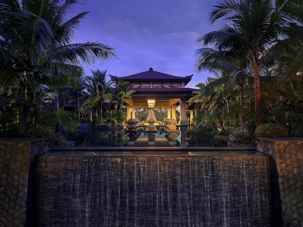 海南莱佛士酒店