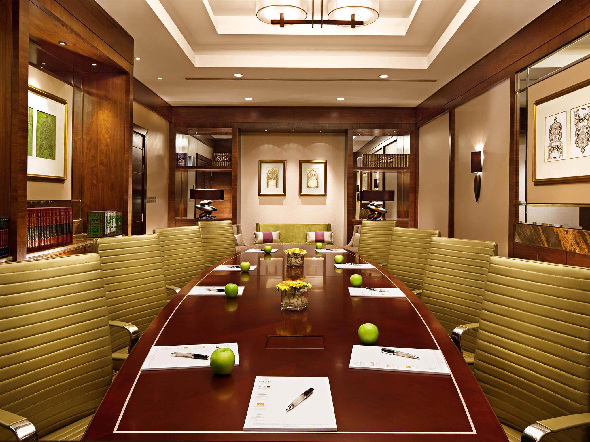 h tel la mecque raffles makkah palace. Black Bedroom Furniture Sets. Home Design Ideas