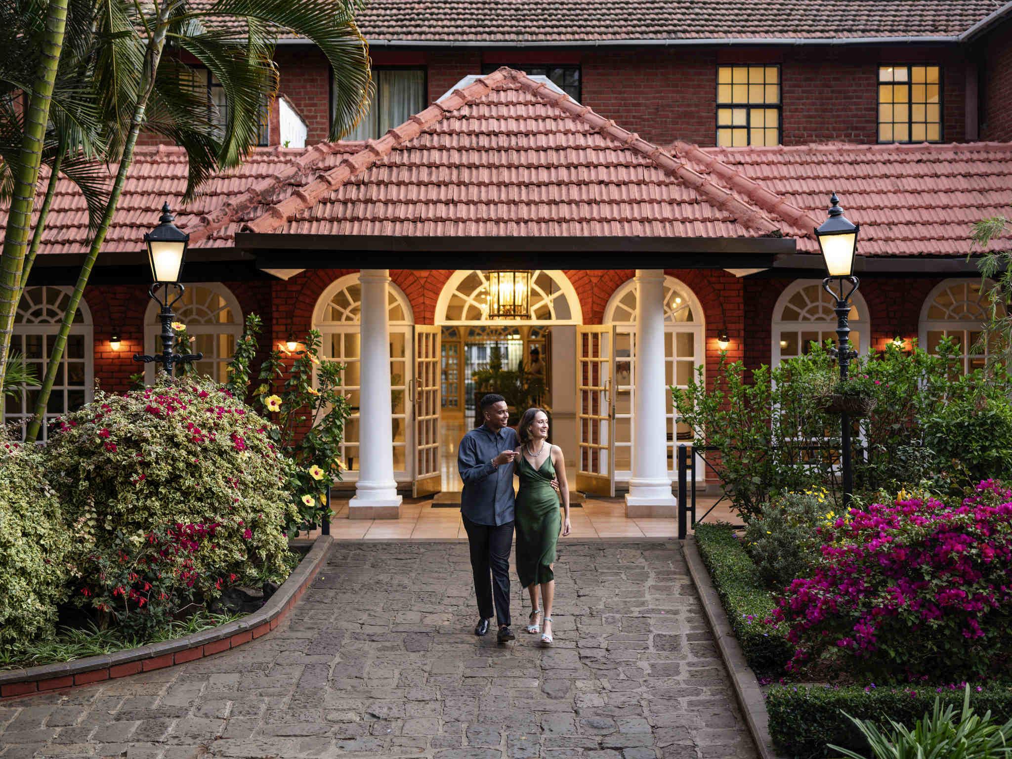 Отель — Fairmont The Norfolk
