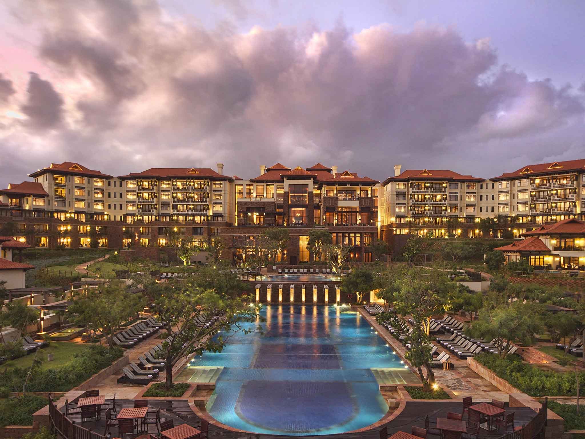 โรงแรม – Fairmont Zimbali Resort