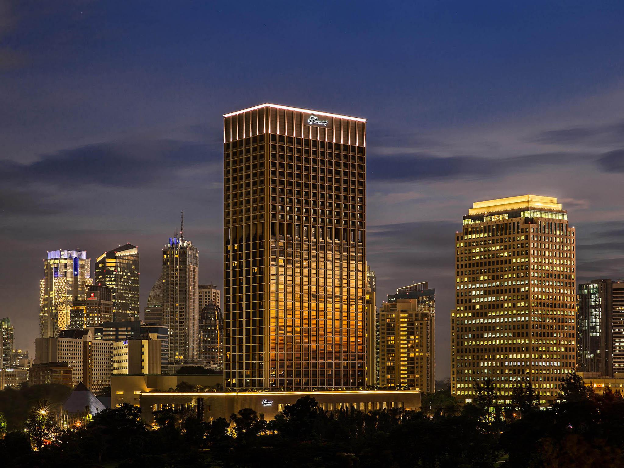 โรงแรม – Fairmont Jakarta
