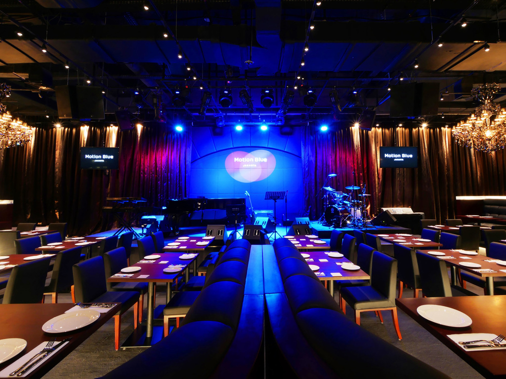 Motion Blue Jakarta Jakarta Restaurants By Accor