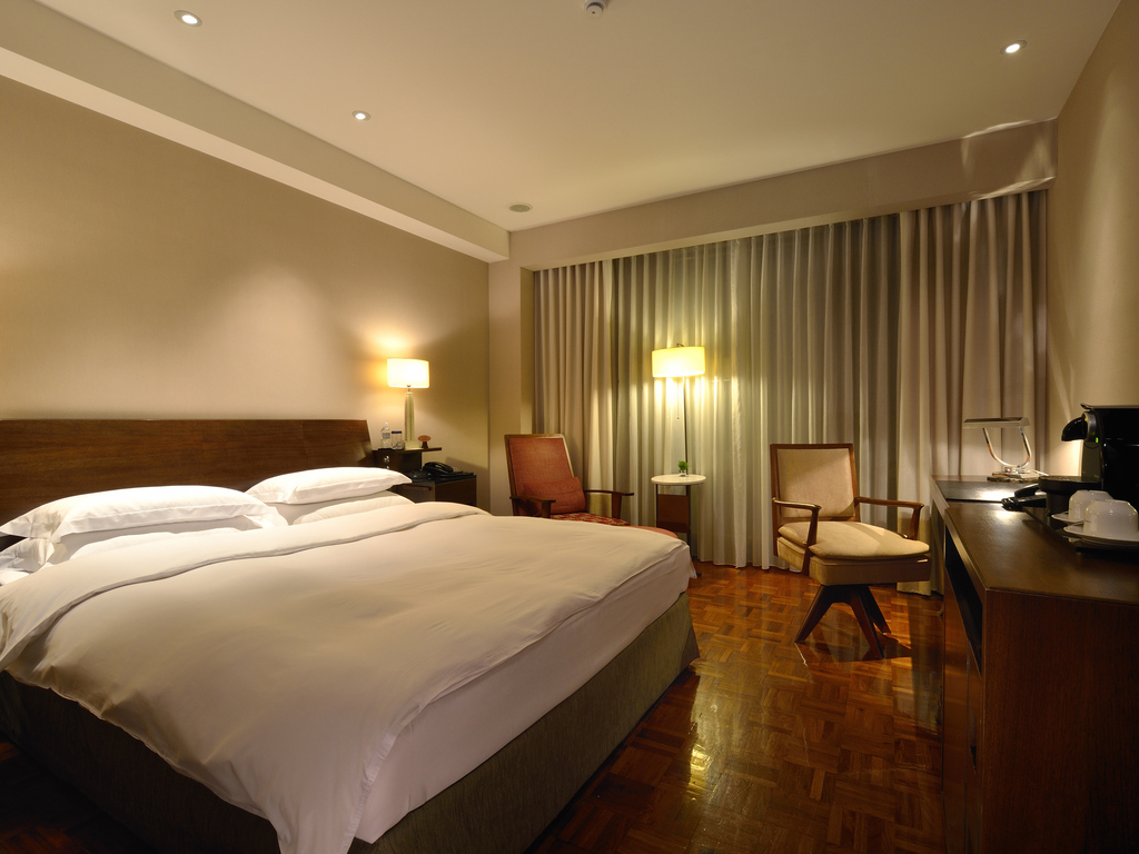 hotel in taipeh les suites taipei ching cheng. Black Bedroom Furniture Sets. Home Design Ideas
