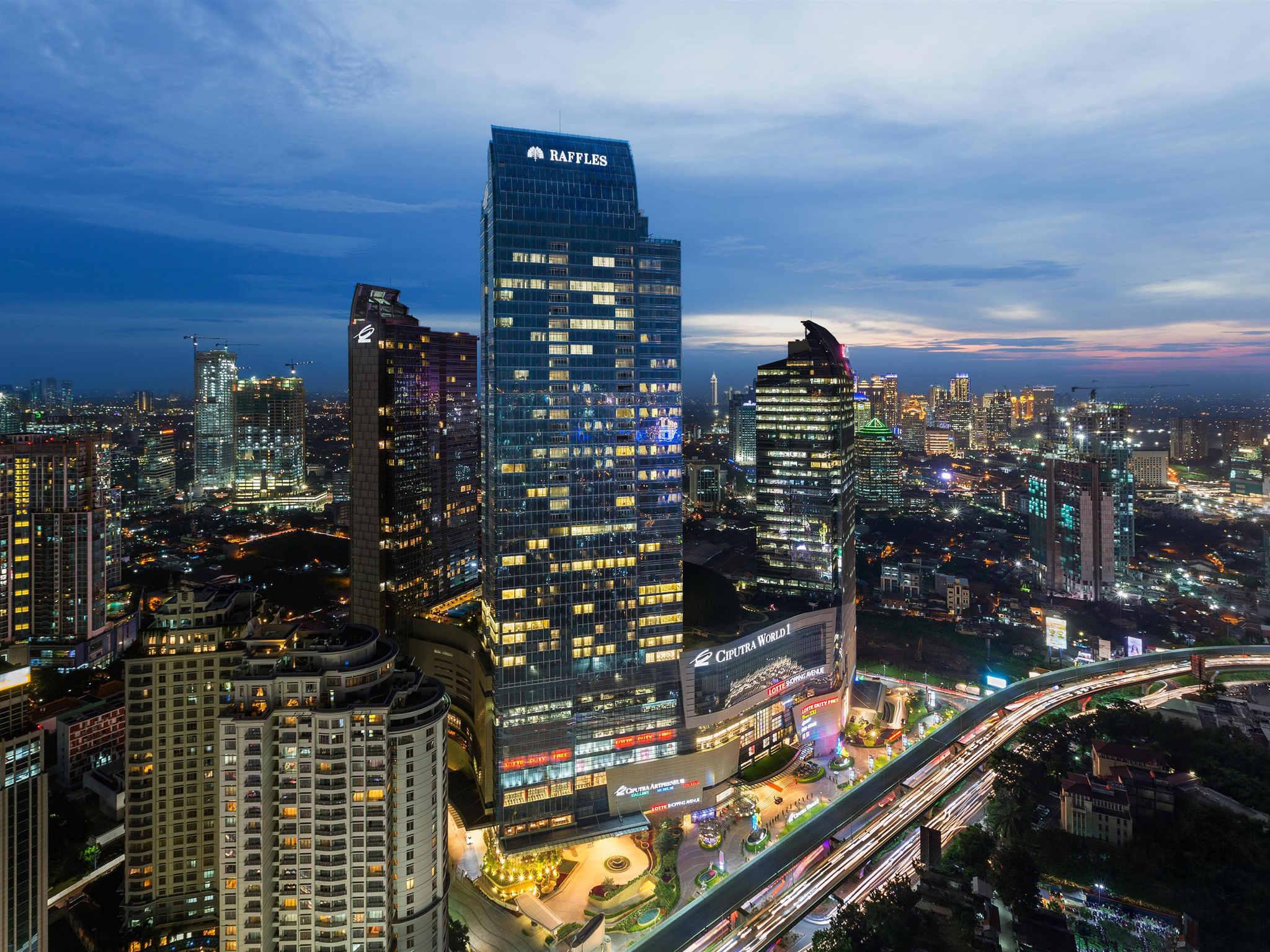 โรงแรม – Raffles Jakarta