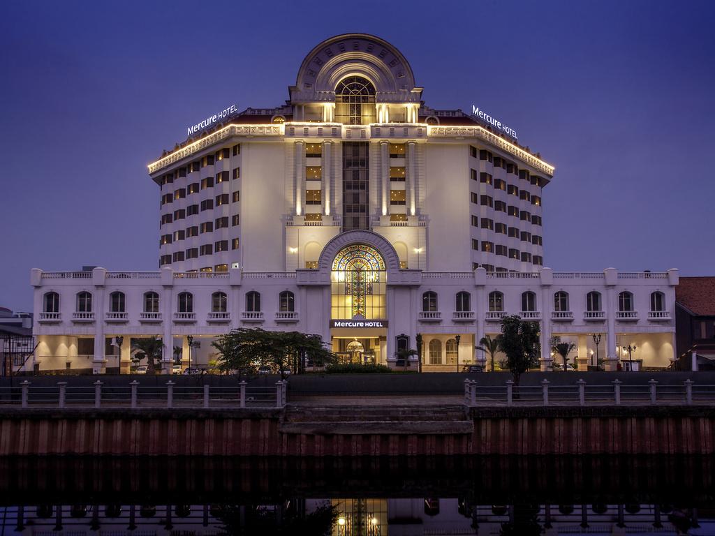 Hotel In Jakarta Mercure Jakarta Batavia All