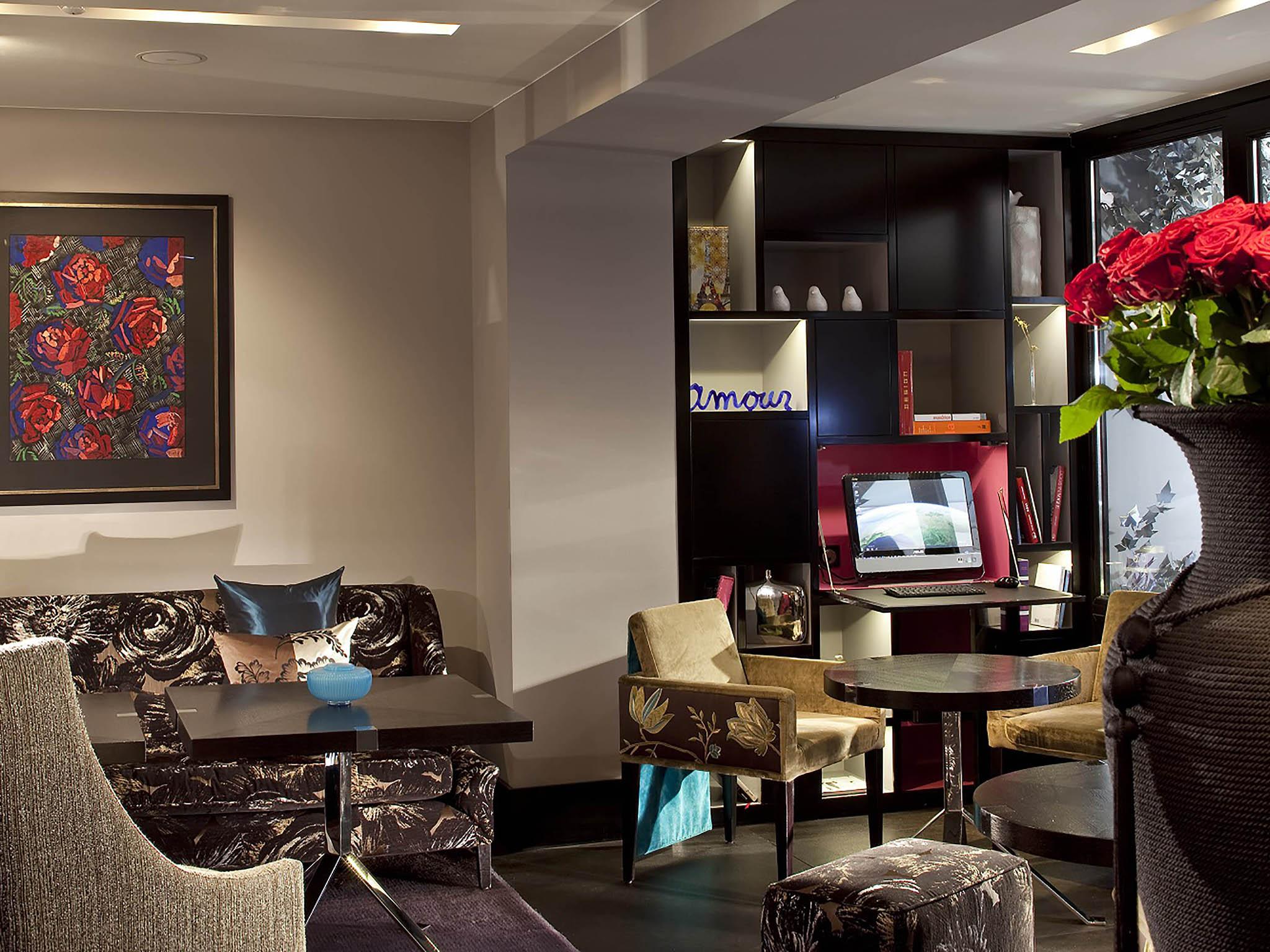 Hotel in paris les jardins de la villa for Hotel les jardins de la villa paris