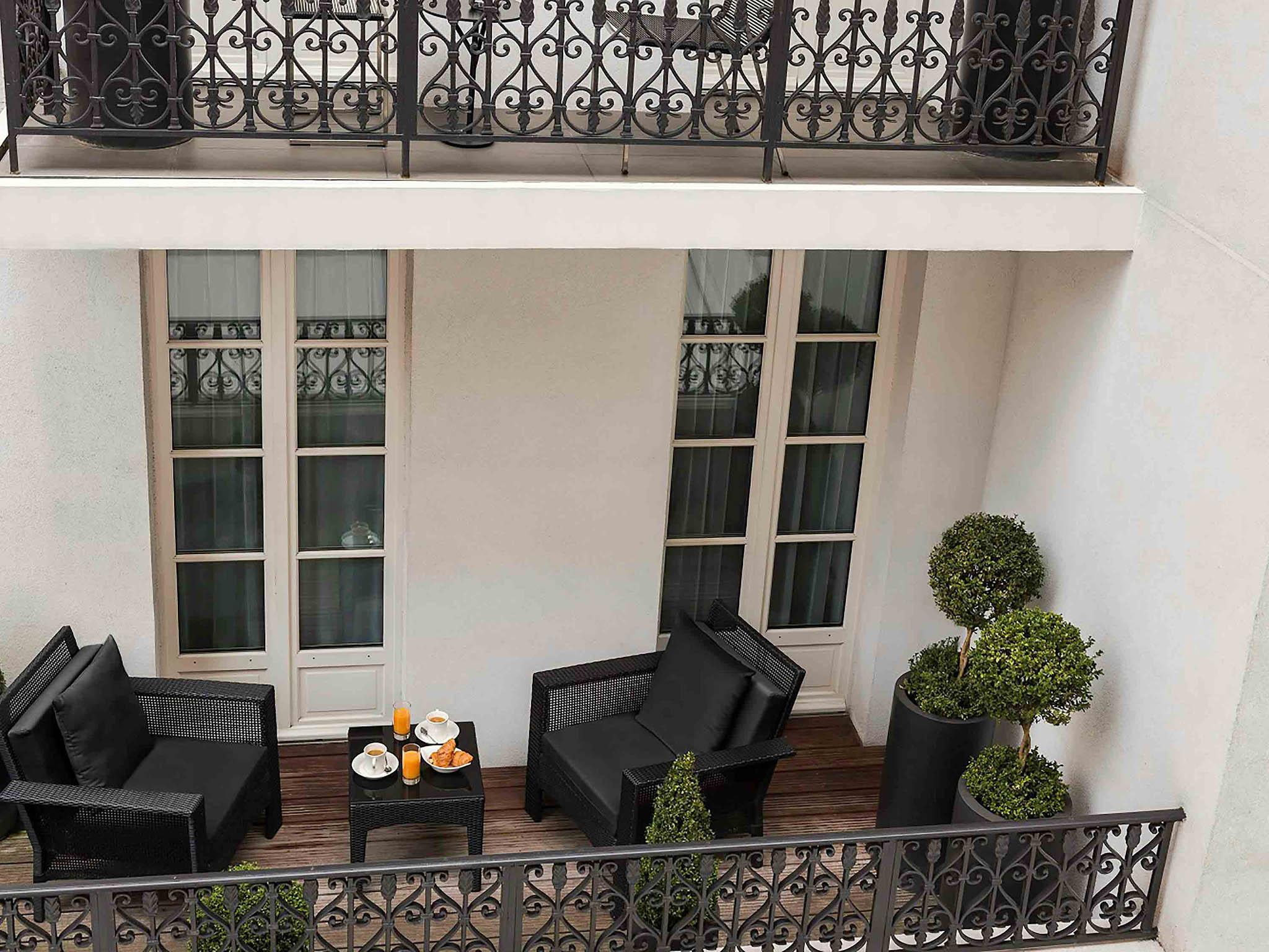 Hotel in paris les jardins de la villa for Les jardins de la villa paris hotel