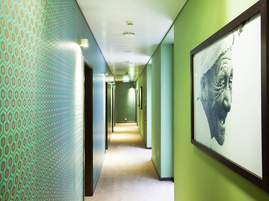 Hotel in lisbon internacional design hotel for Internacional design hotel 4