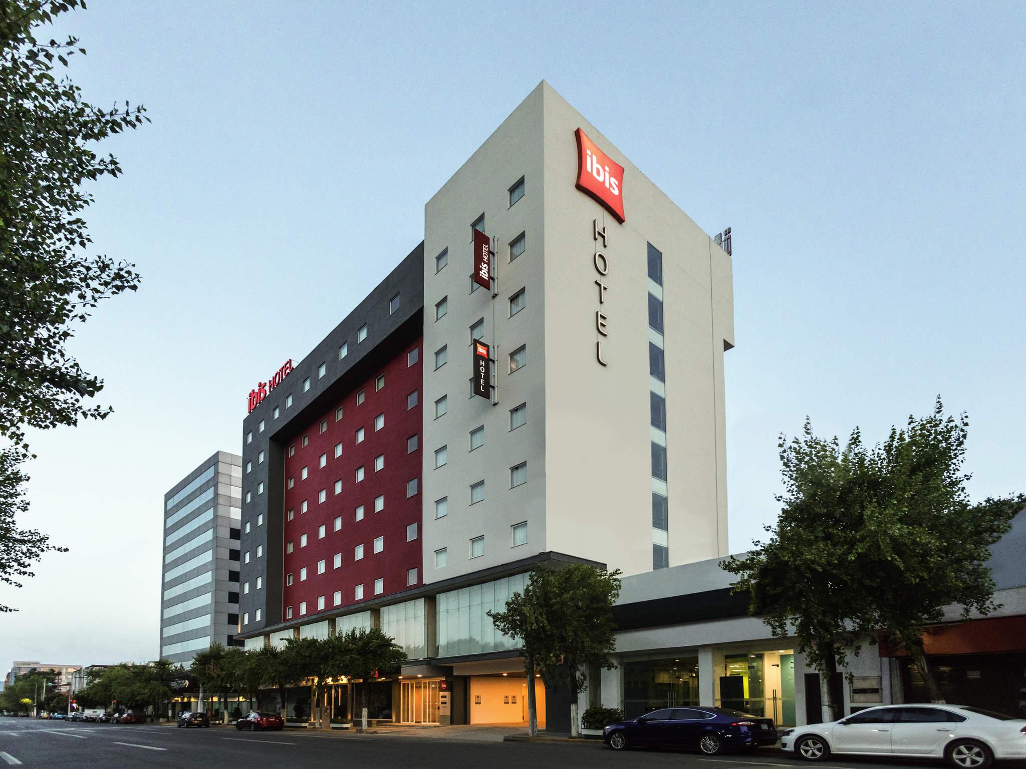 Отель — ibis Мехико Тлальнепантла
