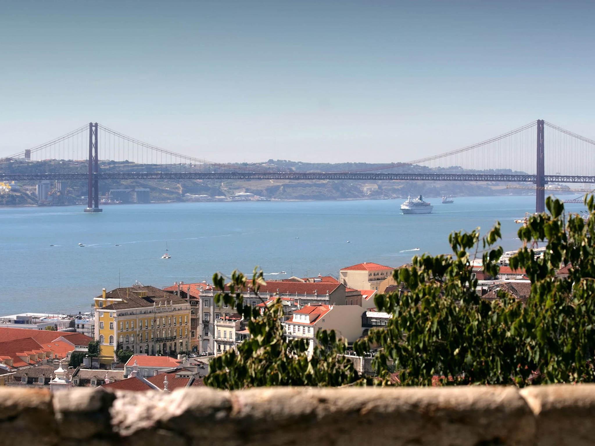 #966436 Hotel em LISBON As Janelas Verdes Boutique Hotel 702 Janelas Verdes Lisbon