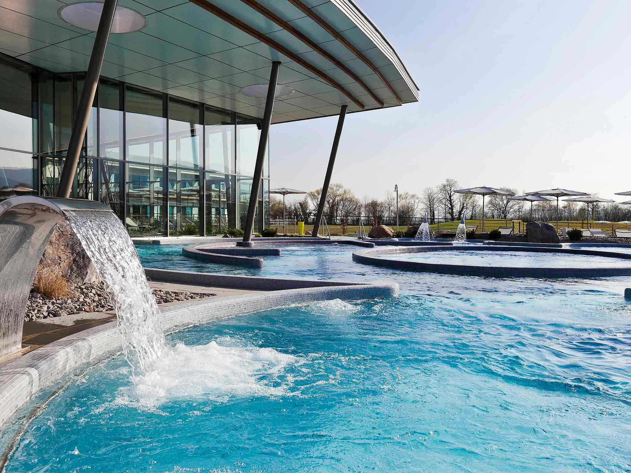 H tel ribeauville resort barriere ribeauvill for Piscine spa ribeauville
