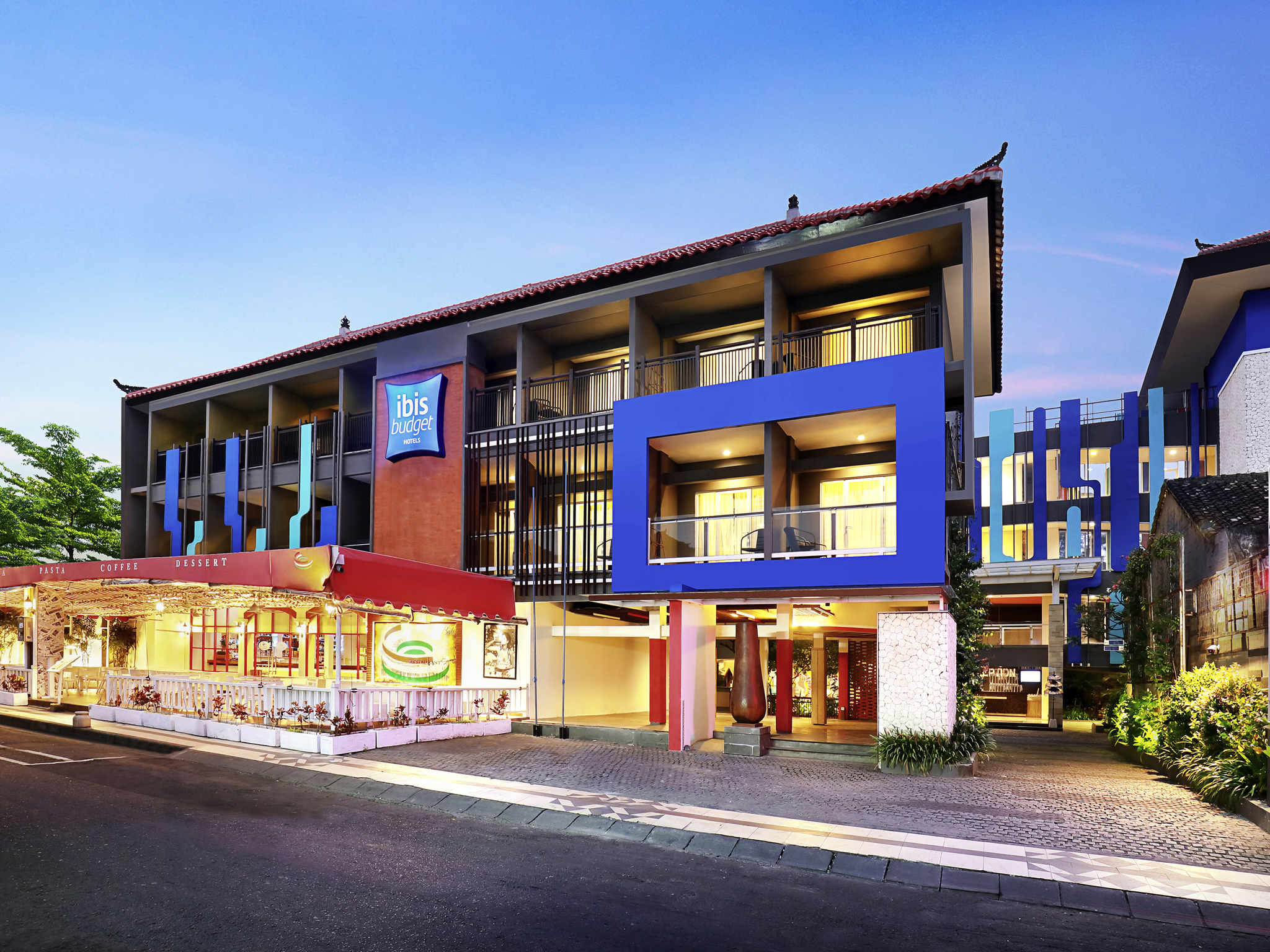 Отель — ibis Budget Bali Seminyak