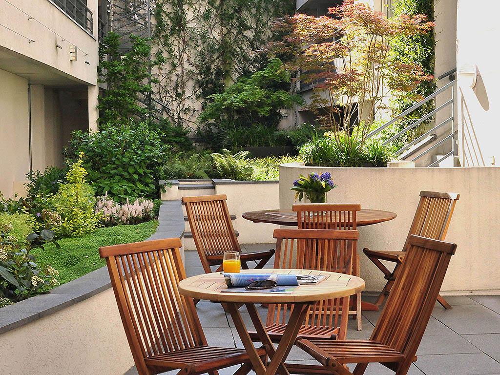 Hotel in paris les jardins d 39 eiffel for Hotel les jardins paris