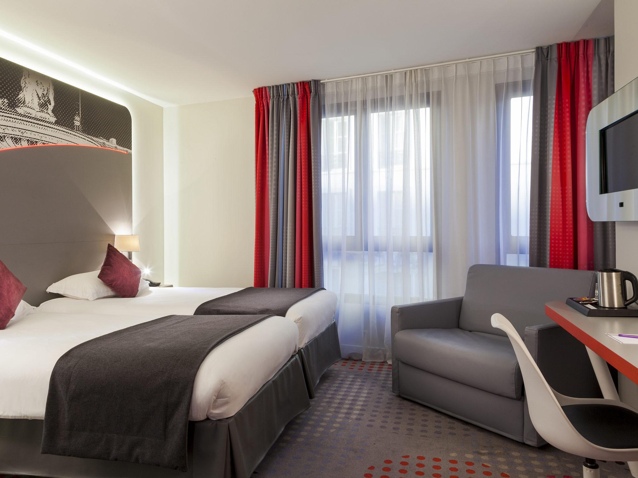 Hotel Em Paris Timhotel Paris Place D 39 Italie