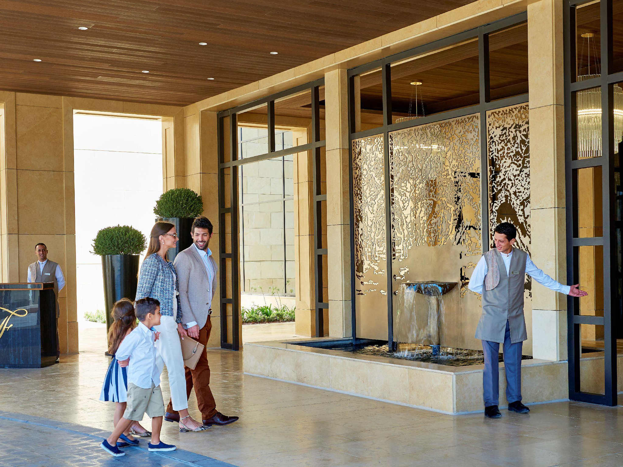 โรงแรม – Fairmont Amman