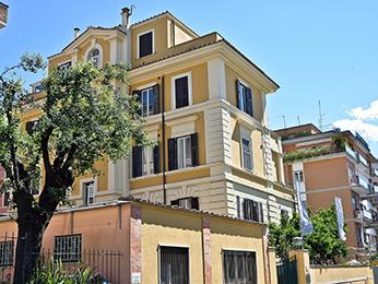 Fragrance Hotel St Peter